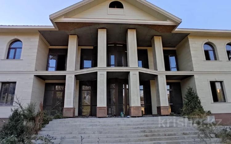 Здание, площадью 2215 м², мкр Калкаман-2, Мкр Калкаман-2 4Б за 800 млн 〒 в Алматы, Наурызбайский р-н