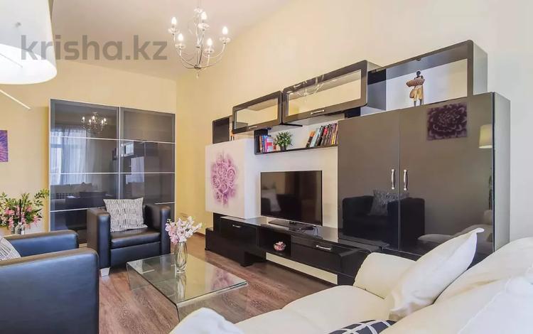 2-комнатная квартира, 65 м², 9 этаж посуточно, Каблукова 264/5 за 14 000 〒 в Алматы, Бостандыкский р-н
