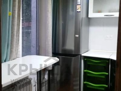 3-комнатная квартира, 61 м², 1/4 этаж, Абая за 25.7 млн 〒 в Алматы, Бостандыкский р-н