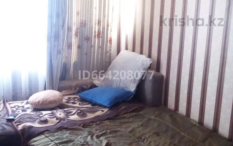 1-комнатная квартира, 30 м², 3/5 этаж по часам, Район огонька 34 за 1 000 〒 в Риддере