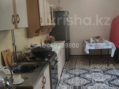 2-комнатный дом, 50 м², 8 сот., Пос рахат — По астанинской трассе за 8.8 млн 〒 в Каскелене