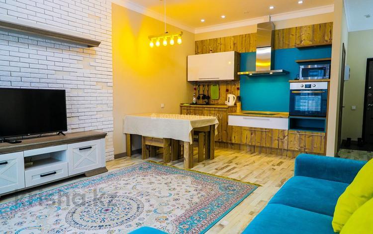 2-комнатная квартира, 55 м², 6/12 этаж посуточно, Навои — Торайгырова за 13 000 〒 в Алматы, Бостандыкский р-н