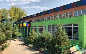 Здание, мкр №8, Шаляпина площадью 2000 м² за 4 млн 〒 в Алматы, Ауэзовский р-н