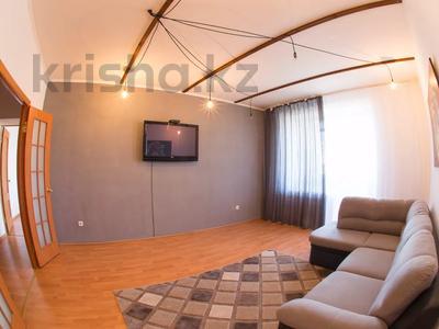 2-комнатная квартира, 70 м², 6/9 этаж посуточно, Алтынсарина 32 за 9 000 〒 в Костанае — фото 2