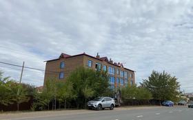 3-комнатная квартира, 120 м², 2/3 этаж, Есенберлина 1 — Московская за 32.4 млн 〒 в Уральске