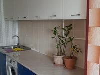3-комнатная квартира, 72 м², 2/5 этаж помесячно