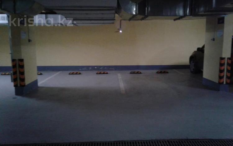 Парковочное место в паркинге за 10 000 〒 в Нур-Султане (Астане), Есильский р-н
