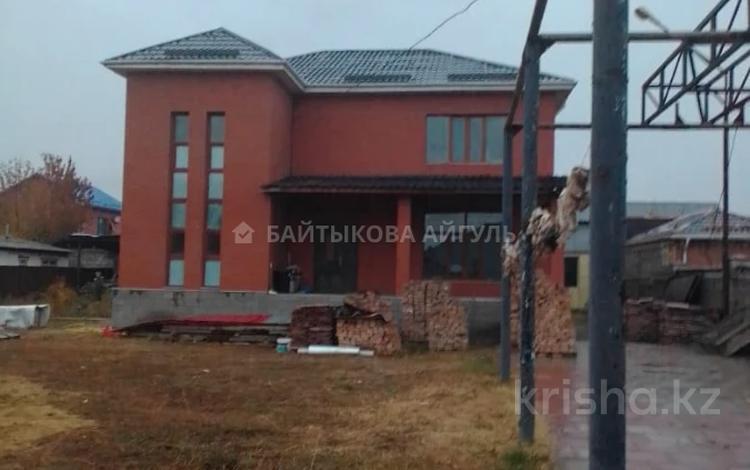 5-комнатный дом, 222 м², 10 сот., Жамбыл 58 за 75 млн 〒 в Коянкусе