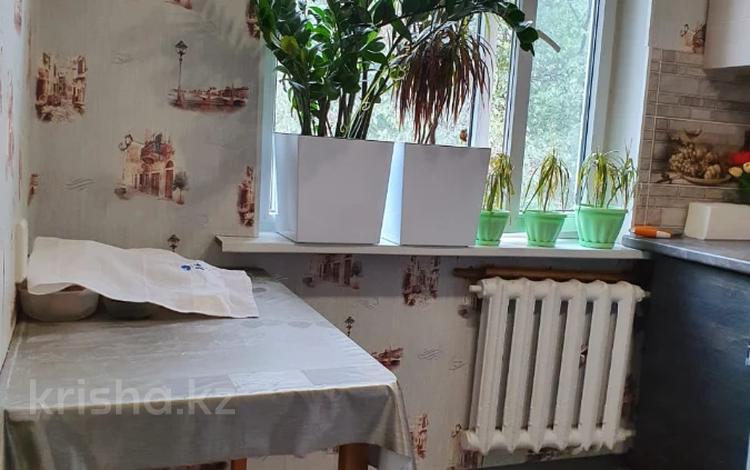 2-комнатная квартира, 43 м², 4/4 этаж, мкр №7, Янтарная — проспект Абая за 17.8 млн 〒 в Алматы, Ауэзовский р-н