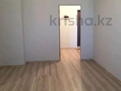 1-комнатная квартира, 48 м², 11/14 этаж, Кошкарбаева 37 за 15.8 млн 〒 в Нур-Султане (Астана), Алматы р-н — фото 2