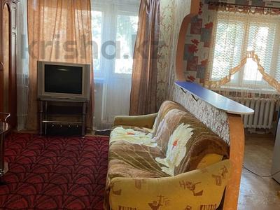 1-комнатная квартира, 40 м², 4/5 этаж на длительный срок, Момышулы 12 — Чайжунусова за 80 000 〒 в Семее
