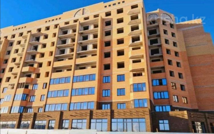 2-комнатная квартира, 55.4 м², 2/9 этаж, мкр. Батыс-2, проспект Алии Молдагуловой 66 за ~ 12.7 млн 〒 в Актобе, мкр. Батыс-2