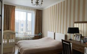 2-комнатная квартира, 65 м², 2/16 этаж помесячно, Мангилик Ел 28 за 190 000 〒 в Нур-Султане (Астана), Есиль р-н