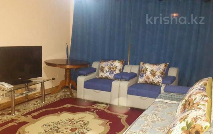 1-комнатная квартира, 44 м², 1/5 этаж посуточно, Абылай хана — Б. Момышулы за 8 000 〒 в Нур-Султане (Астане), Алматы р-н