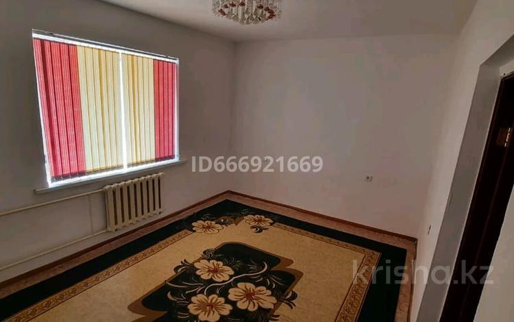1-комнатная квартира, 45 м², 1/5 этаж, Астана за 8.5 млн 〒 в