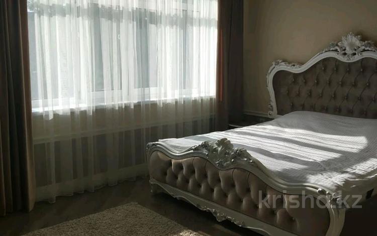 7-комнатный дом посуточно, 480 м², 8 сот., Ерменсай — Ремизовка за 130 000 〒 в Алматы, Бостандыкский р-н