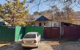3-комнатный дом помесячно, 50 м², 8 сот., Таттимбета 142 за 70 000 〒 в Алматы, Медеуский р-н