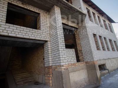 Здание, площадью 1200 м², Абылай-Хана 188 — Жансугурова за 225 млн 〒 в Талдыкоргане