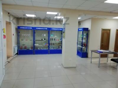 Магазин площадью 110 м², Куйбышева 46 — Аулььекова и Куйбышева за 50 млн 〒 в Кокшетау — фото 2