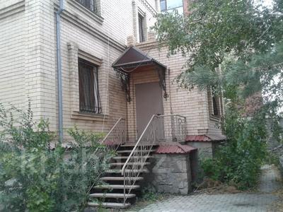 5-комнатный дом, 442 м², Алтынсарина 124а за 60.1 млн 〒 в Костанае