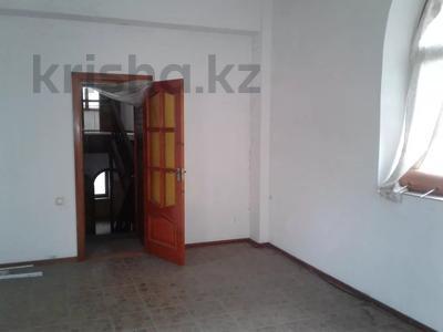 5-комнатный дом, 442 м², Алтынсарина 124а за 60.1 млн 〒 в Костанае — фото 4