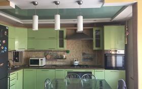 4-комнатная квартира, 74.2 м², 5/9 этаж, проспект Нурсултана Назарбаева 245 за 25 млн 〒 в Уральске