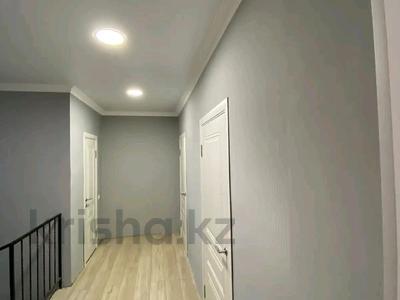 4-комнатная квартира, 118 м², 9/10 этаж, мкр. Батыс-2 за 32.5 млн 〒 в Актобе, мкр. Батыс-2