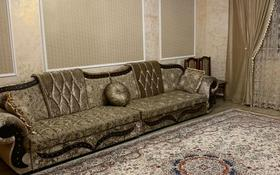 6-комнатный дом, 240 м², 6 сот., Район Пристани Льва толстого за 40 млн 〒 в Усть-Каменогорске