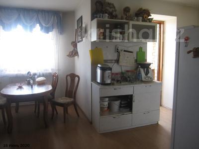 3-комнатная квартира, 120.8 м², 6/9 этаж, проспект Богенбай батыра 36А за 21 млн 〒 в Нур-Султане (Астана), Сарыарка р-н — фото 8