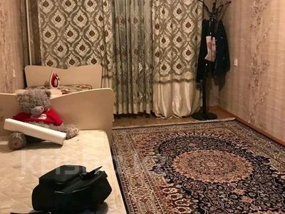 3-комнатная квартира, 62 м², 3/5 этаж, Радостовца Владимира (Мориса Тореза) — Толе Би (Комсомольская) за 22 млн 〒 в Алматы, Алмалинский р-н