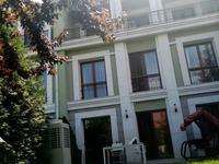 5-комнатный дом помесячно, 306 м², 5 сот.