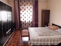 8-комнатный дом, 300 м², 6 сот.