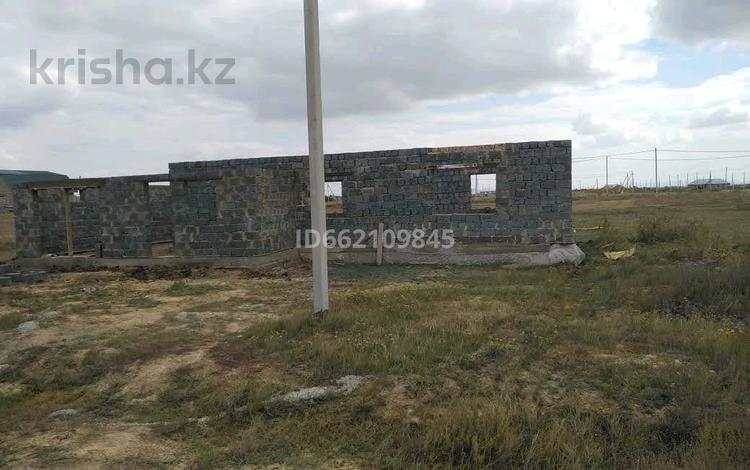 3-комнатный дом, 118 м², 10 сот., мкр Кунгей за 5.9 млн 〒 в Караганде, Казыбек би р-н