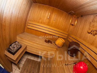 5-комнатный дом, 280 м², 5 сот., мкр Мамыр-1, Шаляпина 27А за 155 млн 〒 в Алматы, Ауэзовский р-н