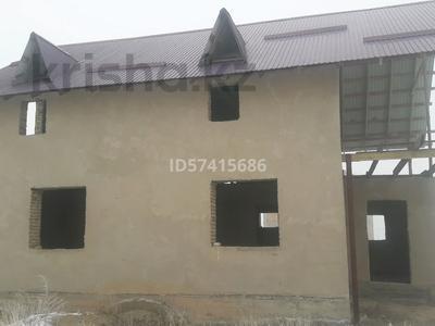 8-комнатный дом, 150 м², 10 сот., Ажибай батыр за 6 млн 〒 в Каракемере