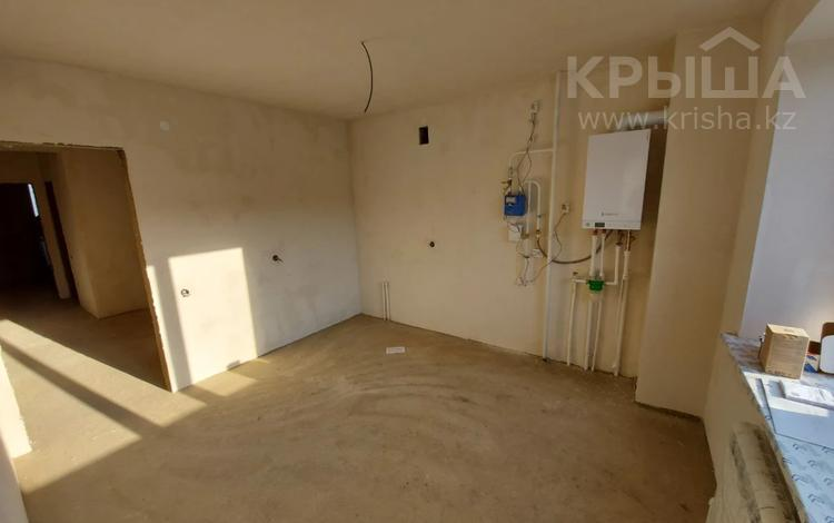 3-комнатная квартира, 89 м², 2/5 этаж, Халела Досмухамедулы за 20 млн 〒 в Актобе, мкр. Батыс-2