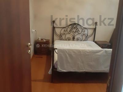 3-комнатная квартира, 57 м², 4/4 этаж, мкр №11 14б за 25 млн 〒 в Алматы, Ауэзовский р-н