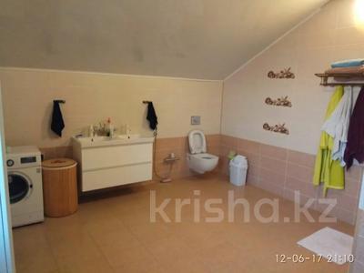 6-комнатный дом, 240 м², 9 сот., Жулдыз -2 48 за 32 млн 〒 в Атырау — фото 7