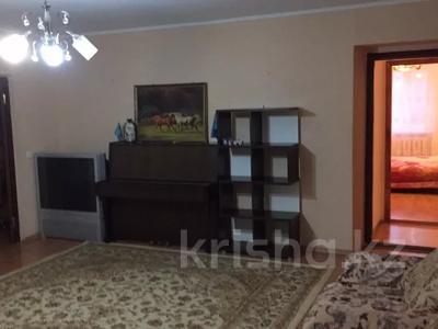 4-комнатная квартира, 100 м², 2/4 этаж, Азаттык за 22 млн 〒 в Атырау — фото 3