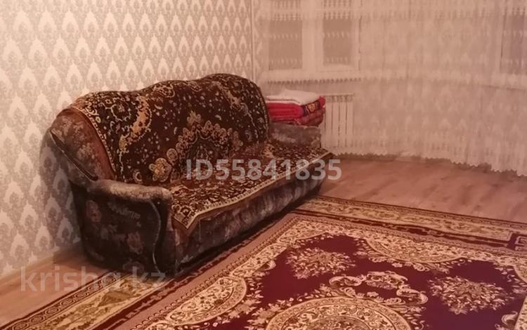 1-комнатная квартира, 40 м², 1/6 этаж, 33 й мкр 31 за 10 млн 〒 в Актау
