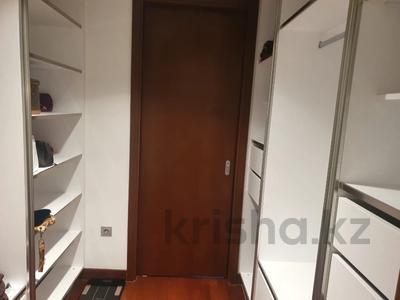 4-комнатная квартира, 170 м² на длительный срок, Аль Фараби 77/3 за 1.5 млн 〒 в Алматы