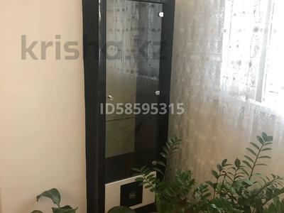 3-комнатная квартира, 75 м², 3/5 этаж помесячно, Смагулова 56 за 150 000 〒 в Атырау — фото 2
