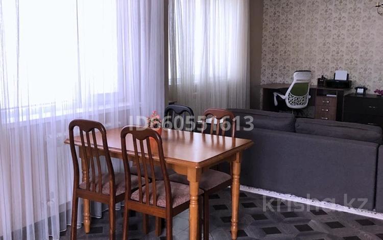 3-комнатная квартира, 112.7 м², 1/3 этаж, мкр Атырау, Байконур 14-а за 35 млн 〒