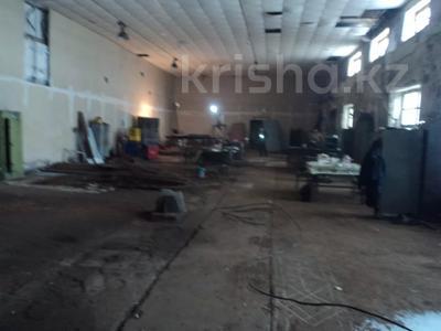 Здание, площадью 2387.6 м², Лихарева 8 за ~ 44.7 млн 〒 в Усть-Каменогорске — фото 4