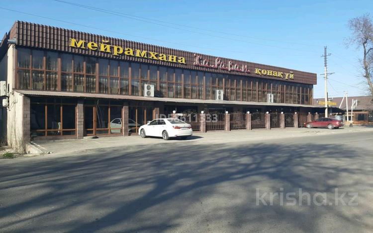 Здание, Алдабергенова 174 — Каблиса жырау площадью 1500 м² за 3 000 〒 в Талдыкоргане