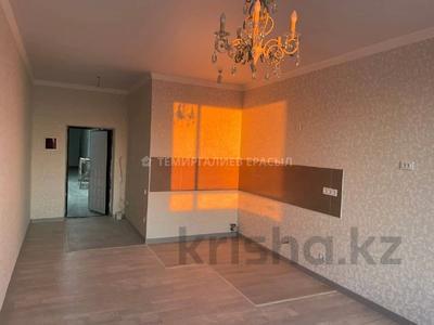 2-комнатная квартира, 45 м², 8/12 этаж, Кайыма Мухамедханова за 21.5 млн 〒 в Нур-Султане (Астане), Есильский р-н