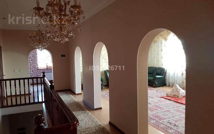 8-комнатный дом, 408 м², 10 сот., мкр Самал 10 — 5 улица за 105 млн 〒 в Атырау, мкр Самал