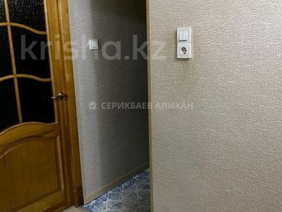 4-комнатная квартира, 74 м², 2/5 этаж, 16-й микрорайон, 16-й микрорайон — Жибек Жолы за 24.3 млн 〒 в Шымкенте, Енбекшинский р-н