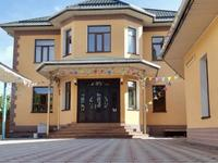 12-комнатный дом, 572 м², 7.7 сот., Бекет-батыр 208 за 175 млн 〒 в Шымкенте, Енбекшинский р-н