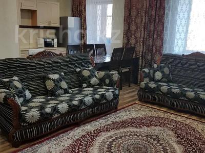 3-комнатная квартира, 60 м², 4/9 этаж посуточно, М. Жусупа 28а за 10 000 〒 в Экибастузе — фото 5